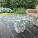 Make A Table With Pots And Glass
